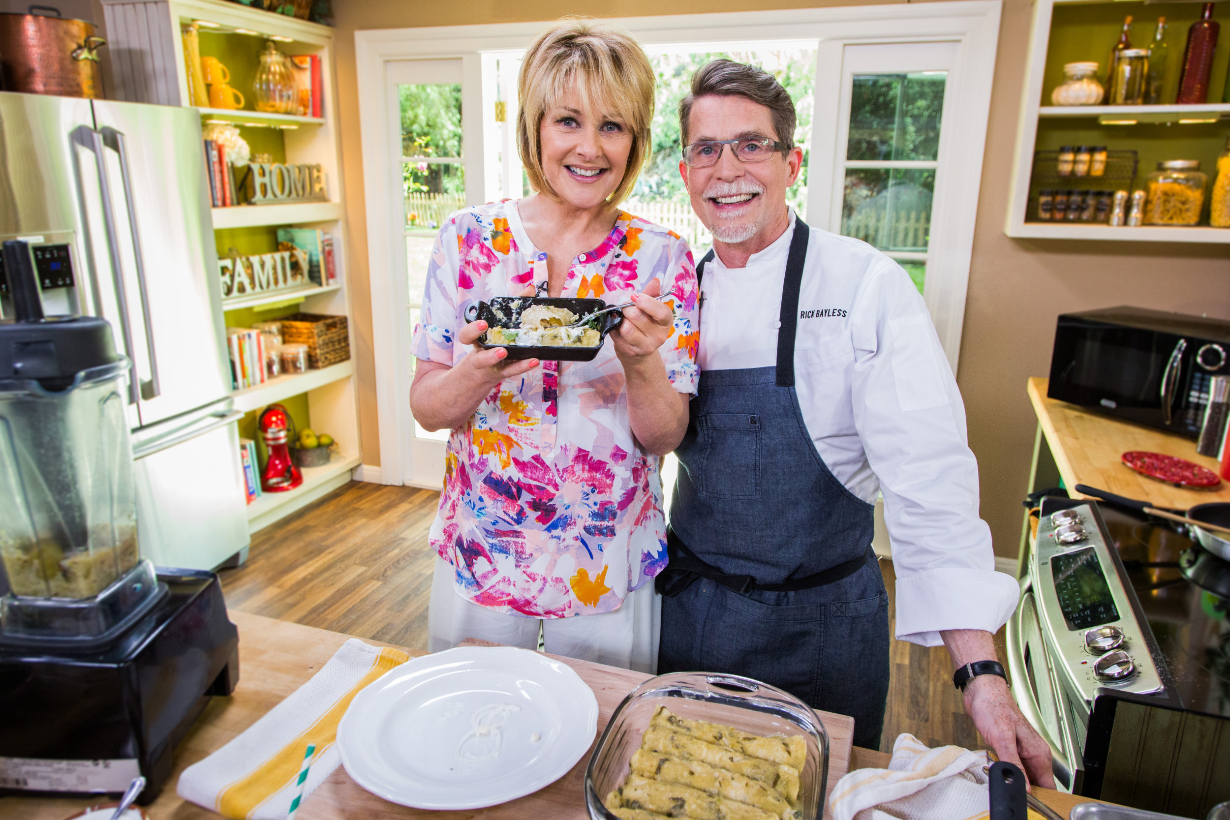 Hollywood steals home and family - Enchiladas Verdes Home Family