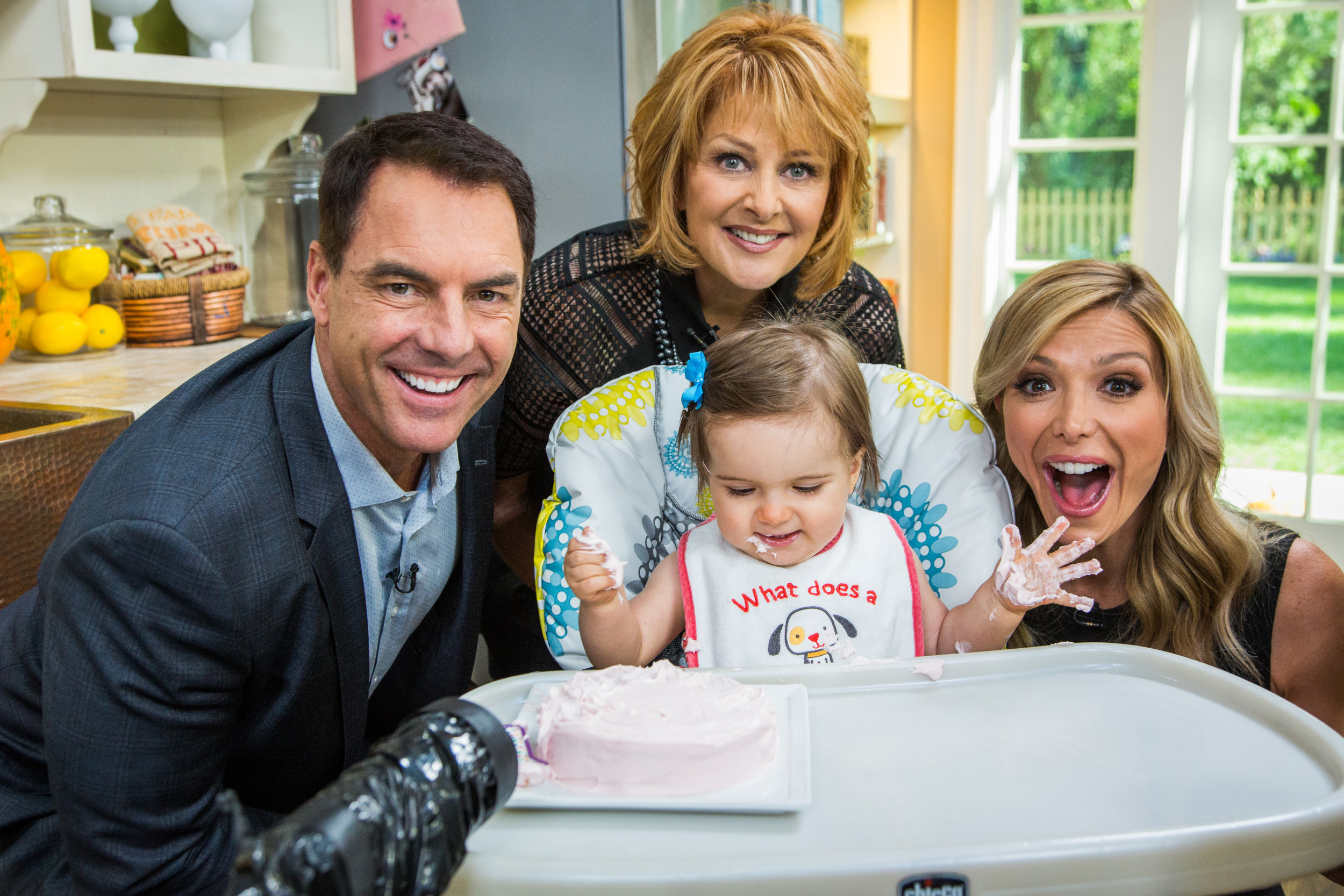 Hollywood steals home and family - Baby S First Cake Smash Home Family
