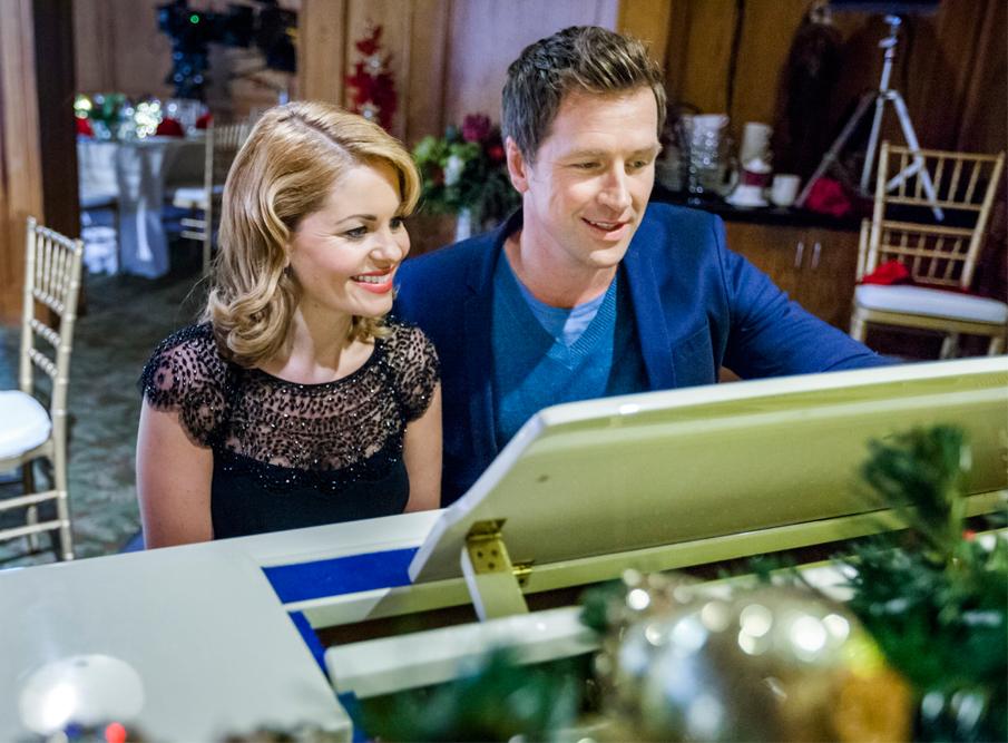 Video - A Christmas Detour | Hallmark Channel