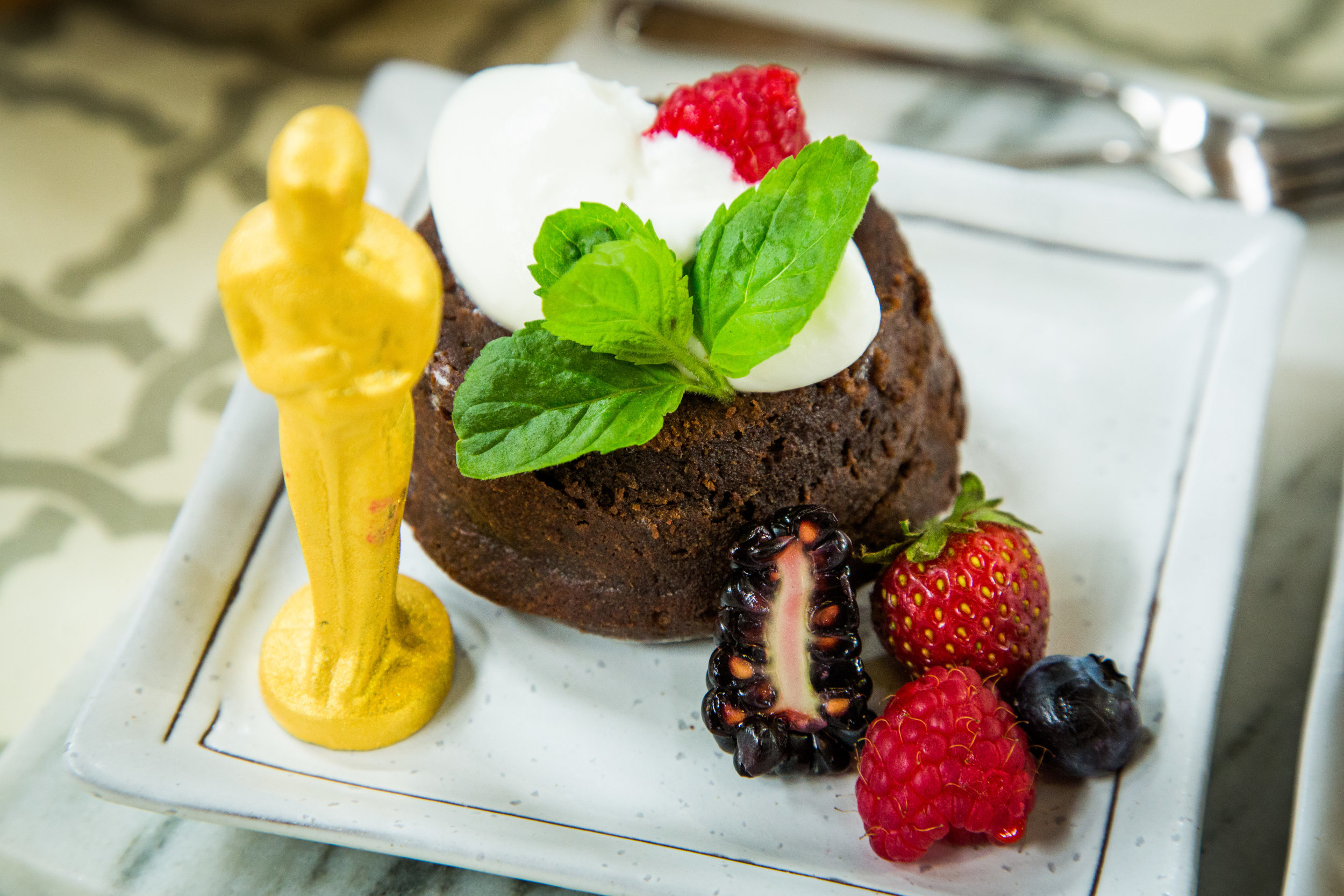 Recipe - Wolfgang Puck's Molten Chocolate Lava Cakes - Home ...