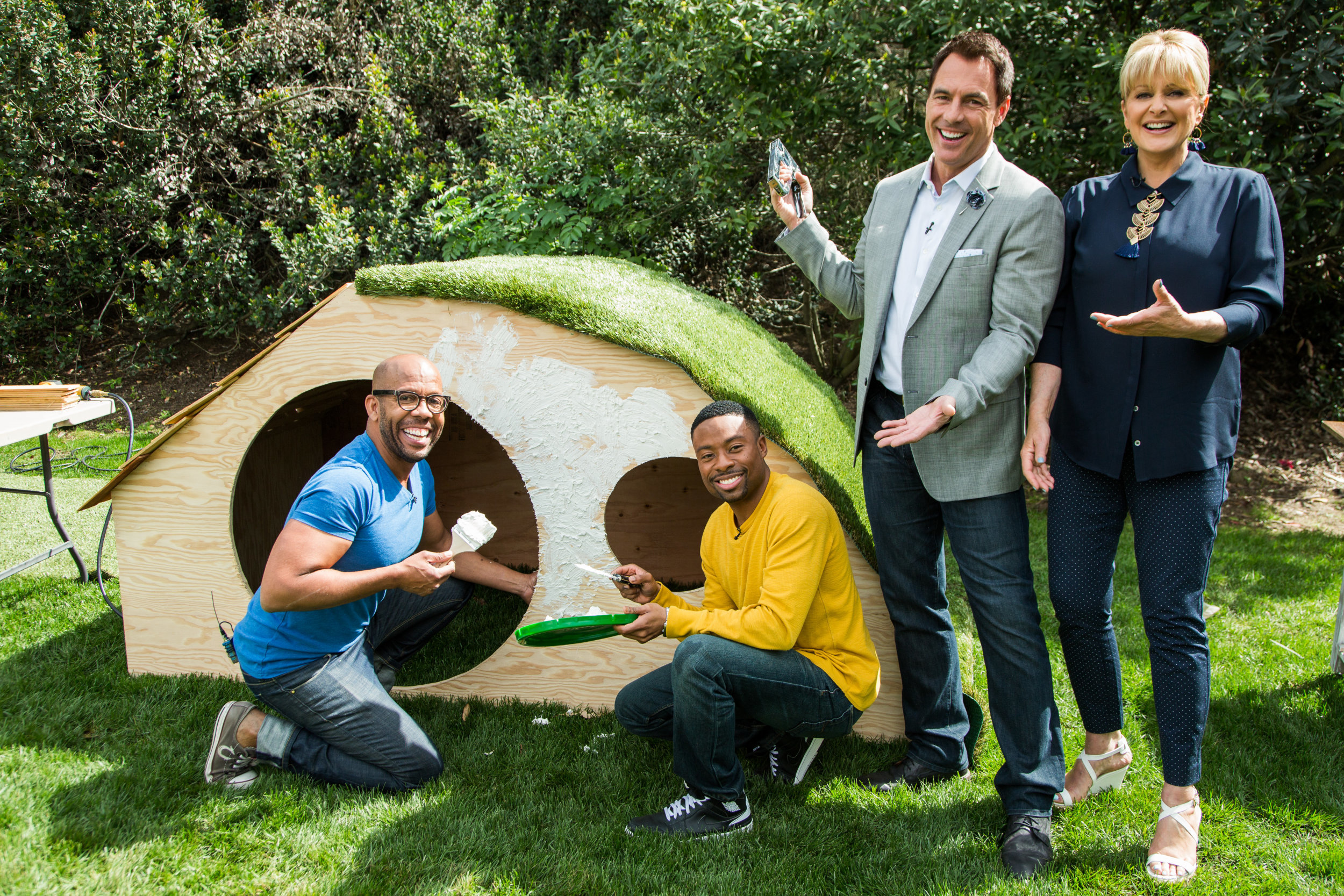 Diy hobbit hole playhouse home family video for How to build a hobbit hole playhouse