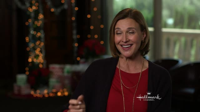 Interview- Ice Sculpture Christmas - Brenda Strong - Christmas ...
