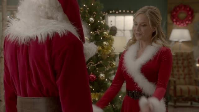 On Location: Charming Christmas - Countdown to Christmas ...