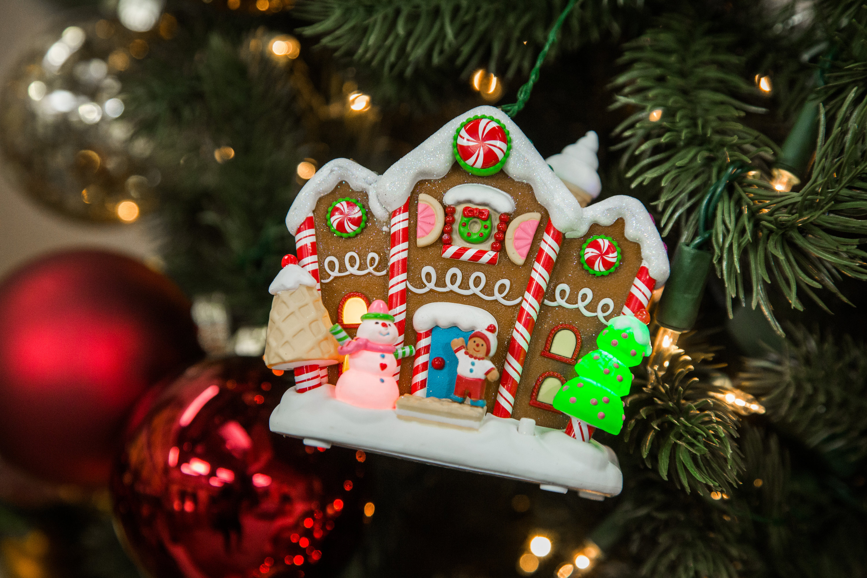 gingerbread merriest house in town ornament