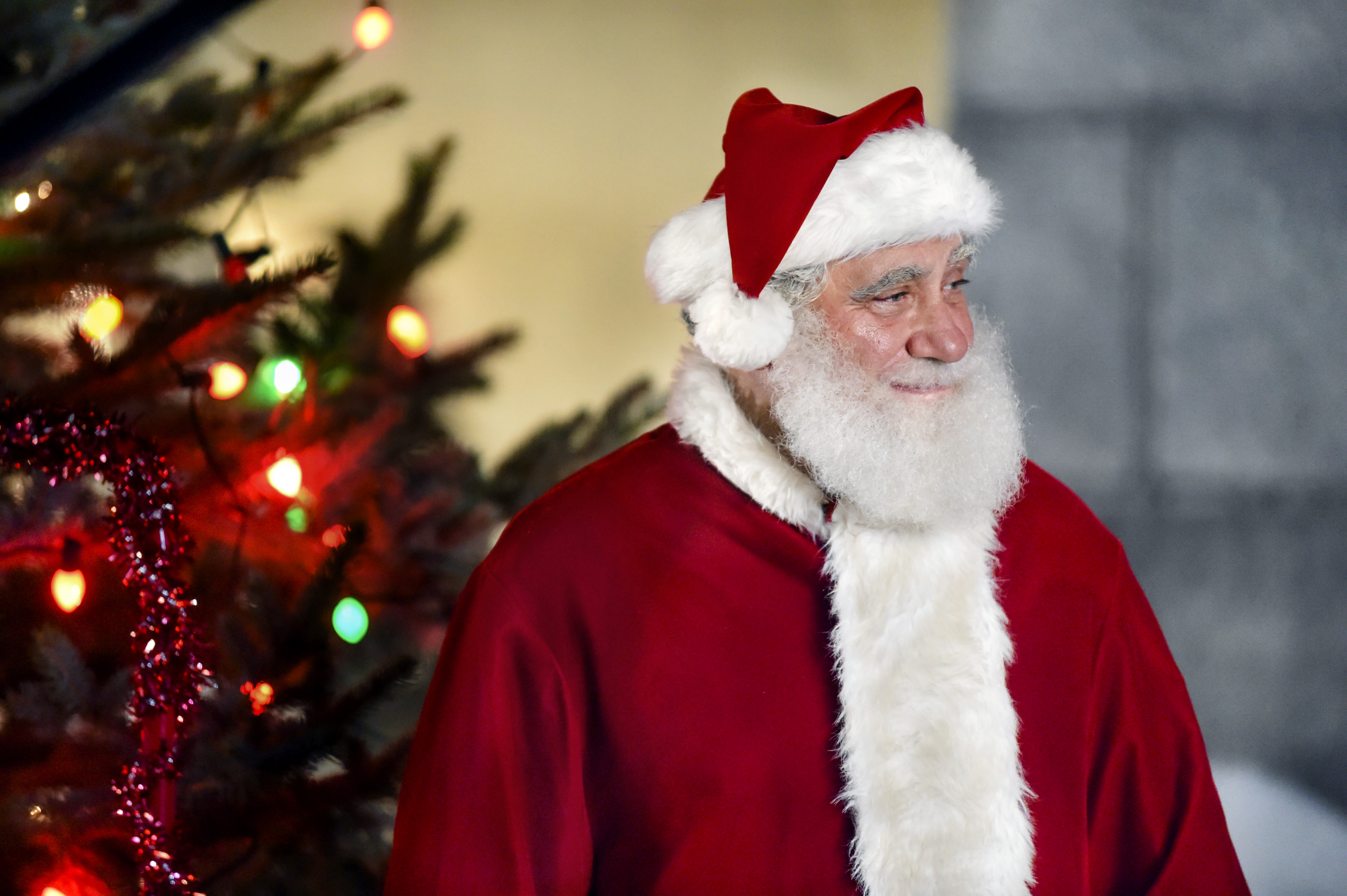 On Location: I\'m Not Ready for Christmas - Video | Hallmark Channel