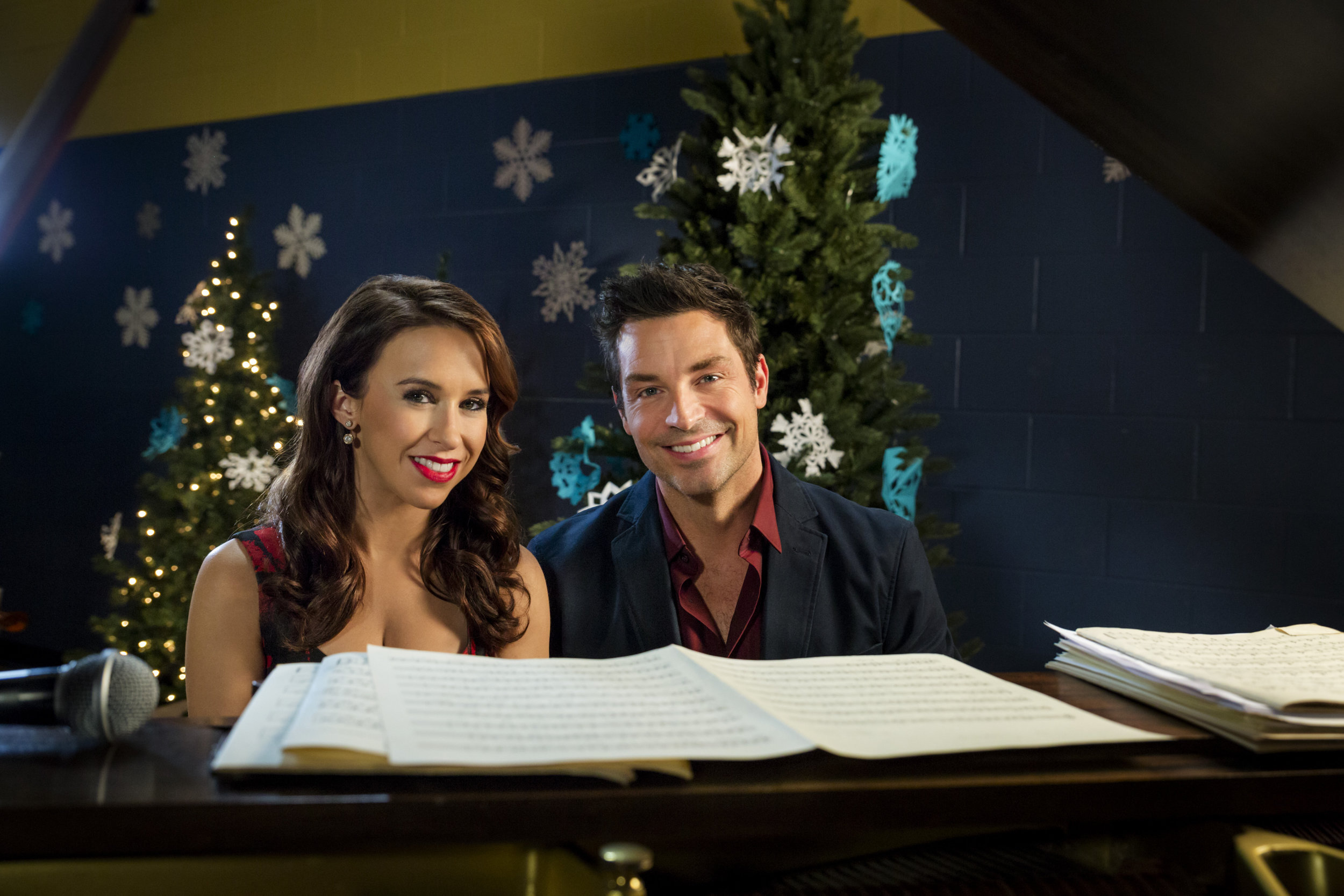 A Christmas Melody.New Preview A Christmas Melody Hallmark Channel