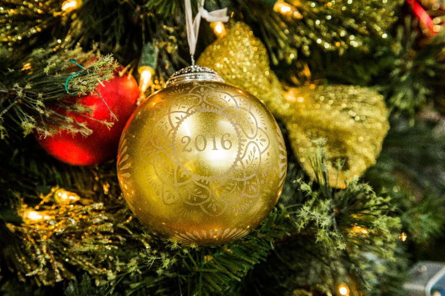 Hallmark Keepsake Ornament Reveal - Christmas Commemorative - Home & Family  | Hallmark Channel - Hallmark Keepsake Ornament Reveal - Christmas Commemorative - Home