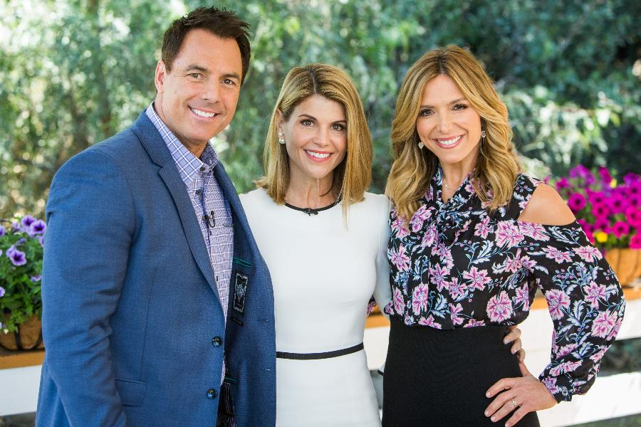 Lori Loughlin Wouldn't Do a Family Reality Show: We're Not ... |Lori Loughlin Family