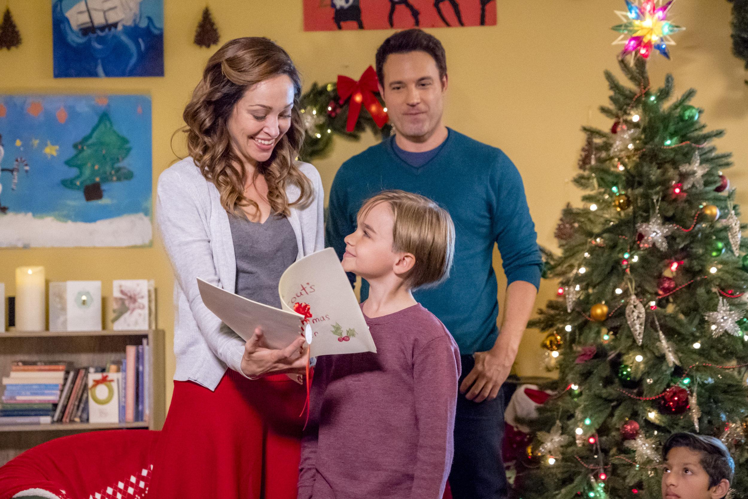 Bramble House Christmas.Preview Sneak Peek A Bramble House Christmas Hallmark
