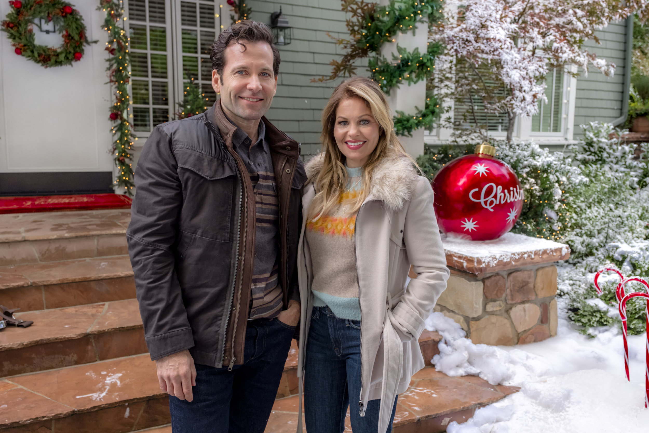 Switched For Christmas Cast.Preview Switched For Christmas Hallmark Channel
