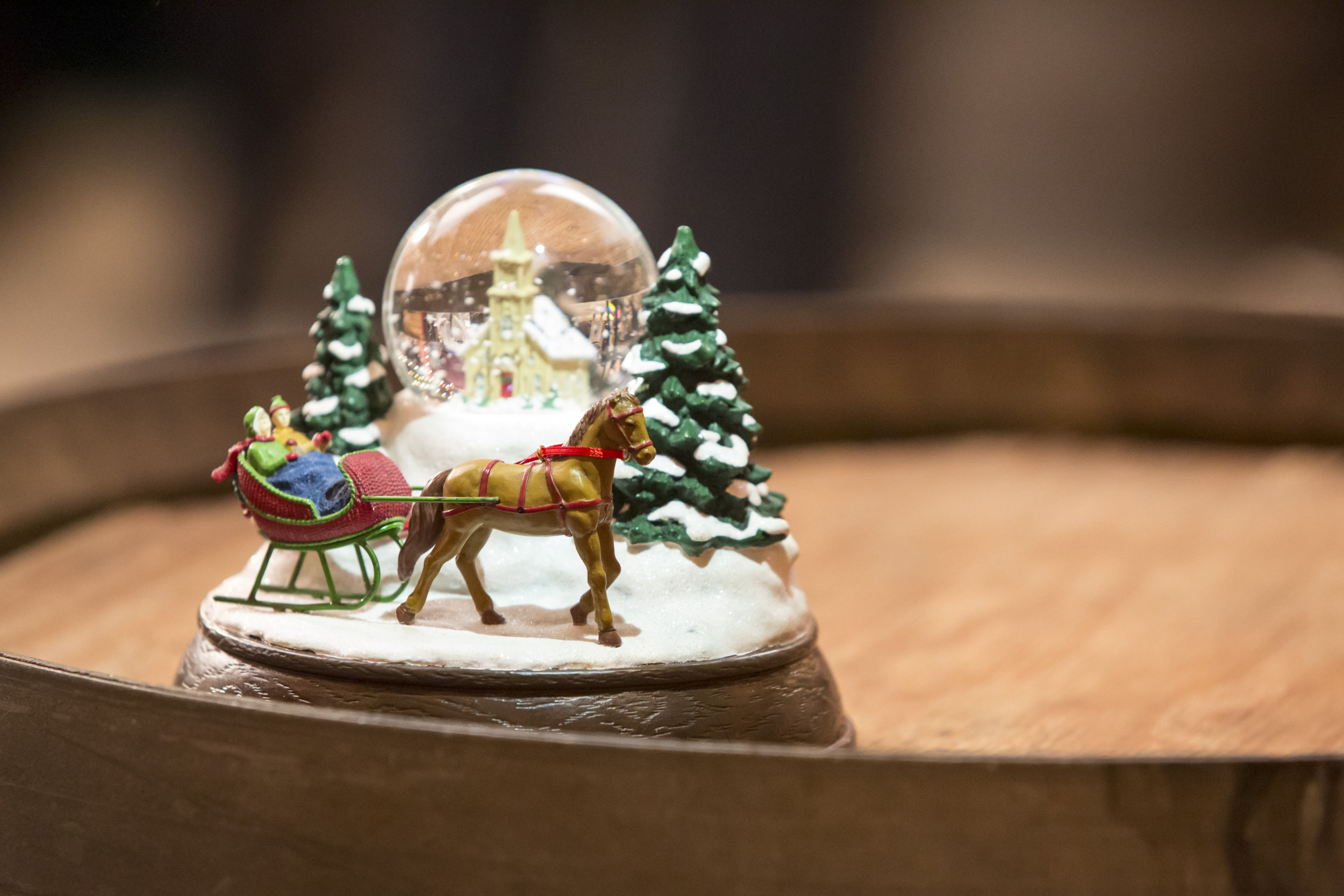 Will It Snow For Christmas Cast.Cast Interviews The Magical Snow Globe Christmas In
