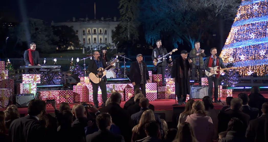 Beach Boys Christmas.The Beach Boys Perform Little Saint Nick The National