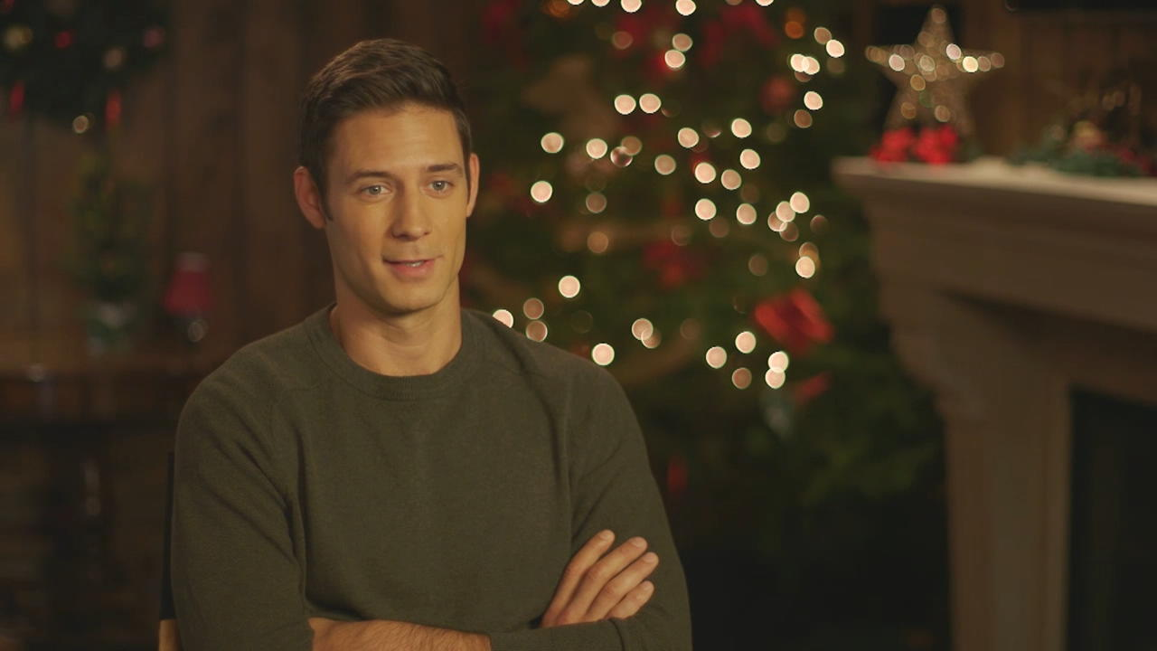 Finding Christmas Cast.Cast Interviews Finding Ean S Voice The Christmas