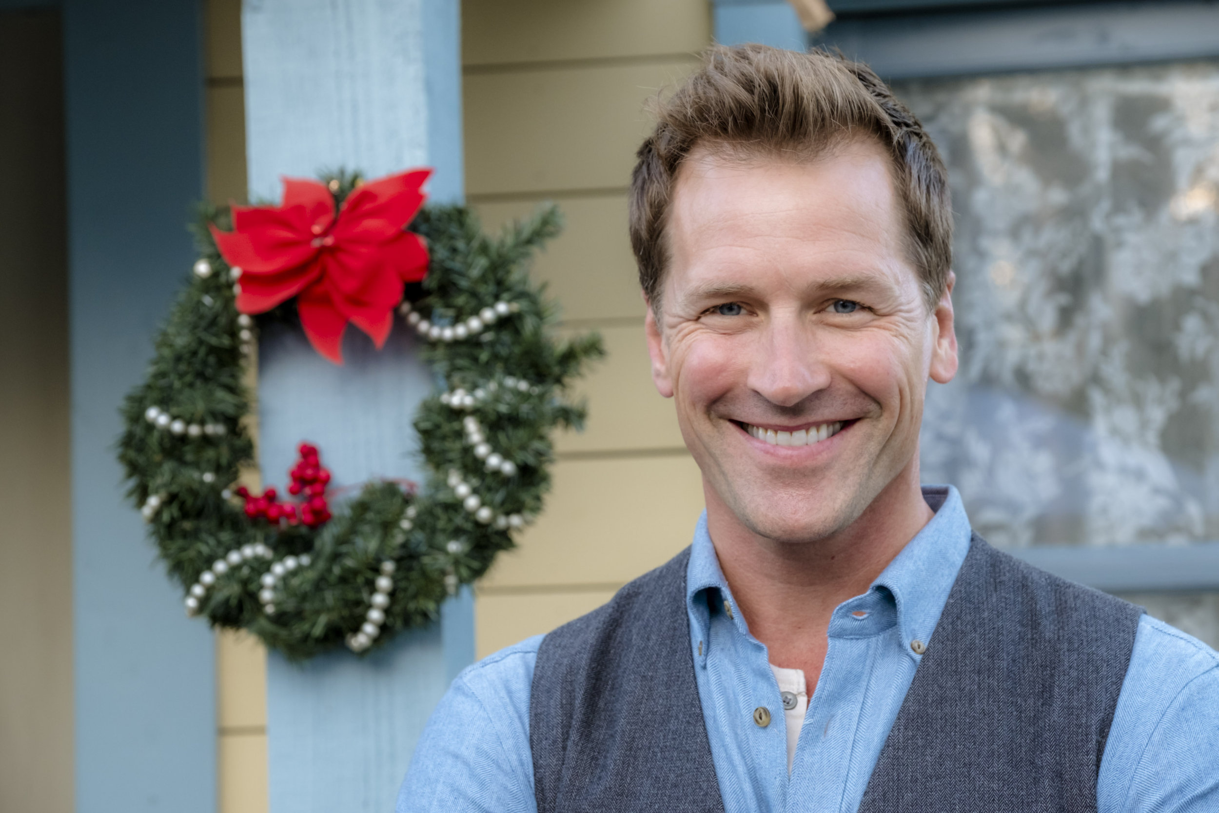 When Calls The Heart Christmas.Cast Interviews Paul Greene S Christmas Traditions When