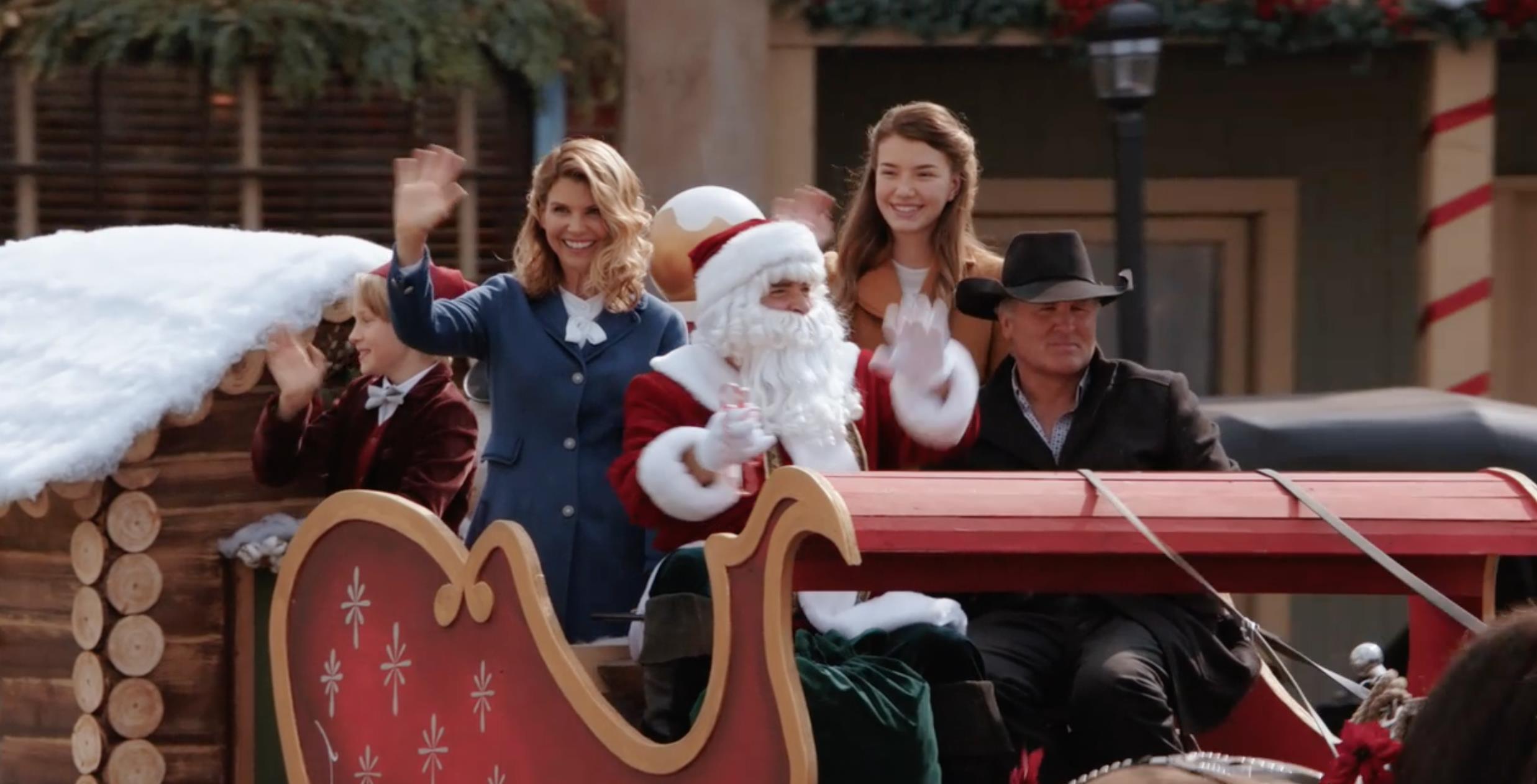 The Christmas Parade Hallmark.Highlights The Christmas Parade When Calls The Heart