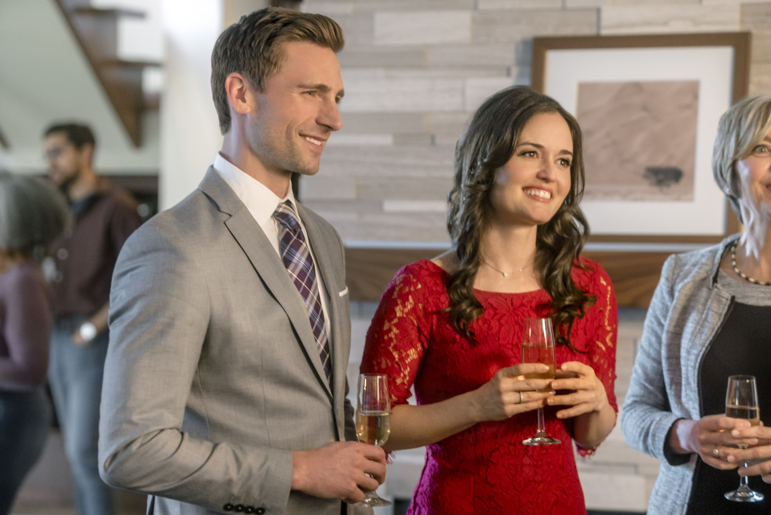 Preview sneak peek love in design hallmark channel for Love in design