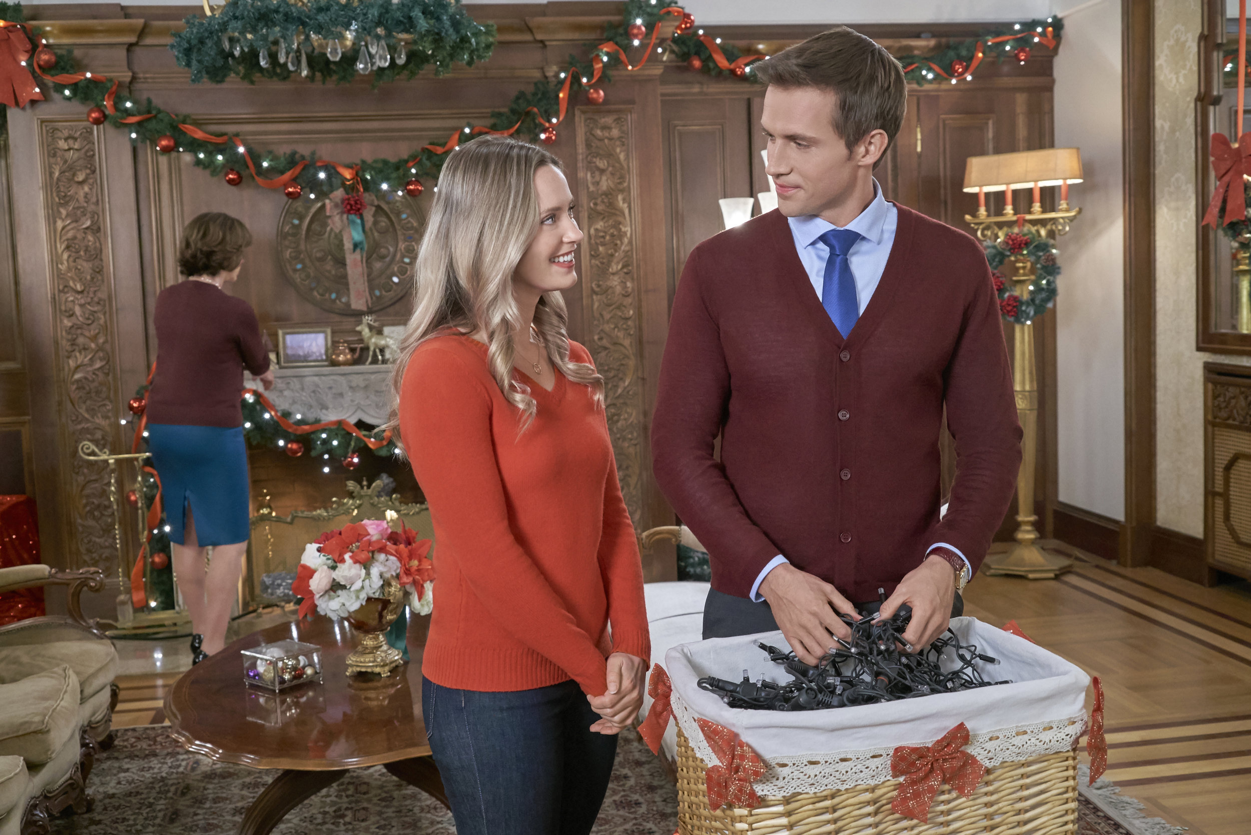 Preview - Christmas at the Palace   Hallmark Channel