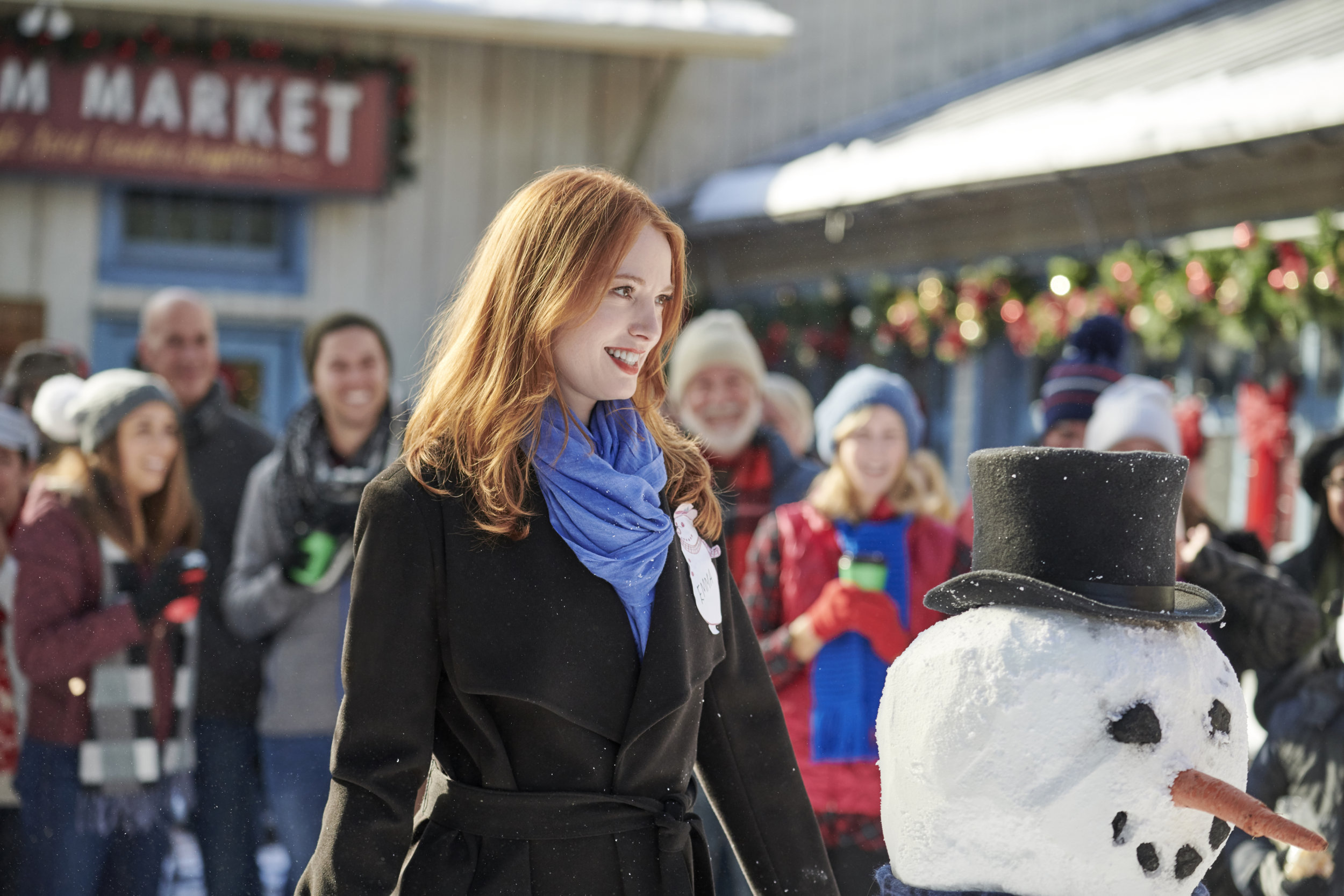 Preview - Christmas on Honeysuckle Lane | Hallmark Movies and Mysteries
