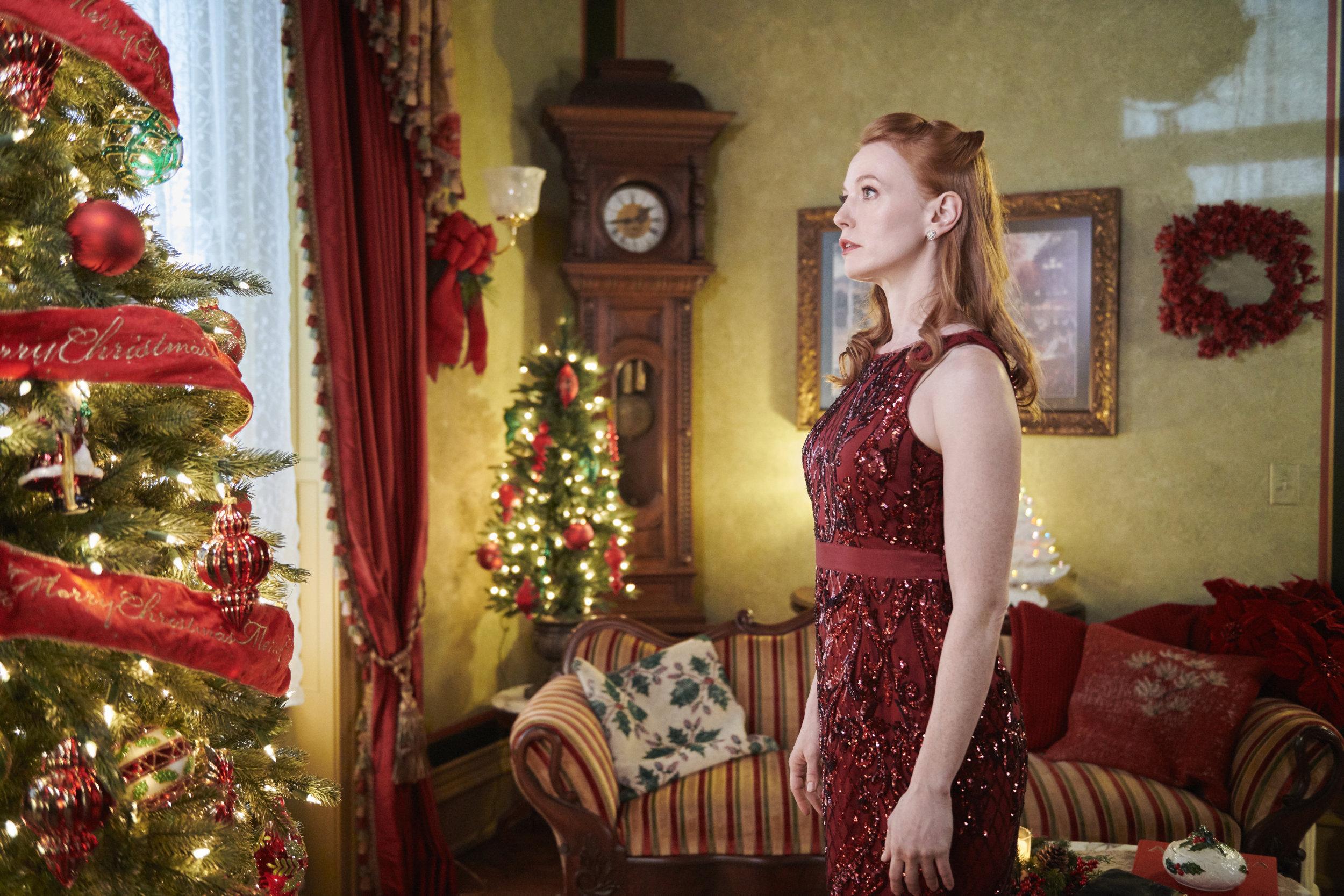 On Location - Christmas on Honeysuckle Lane | Hallmark Movies and Mysteries